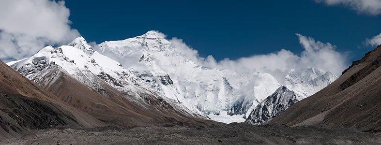 16.500 kilo afval op Mount Everest ingezameld | Afvalcontainerbestellen.nl