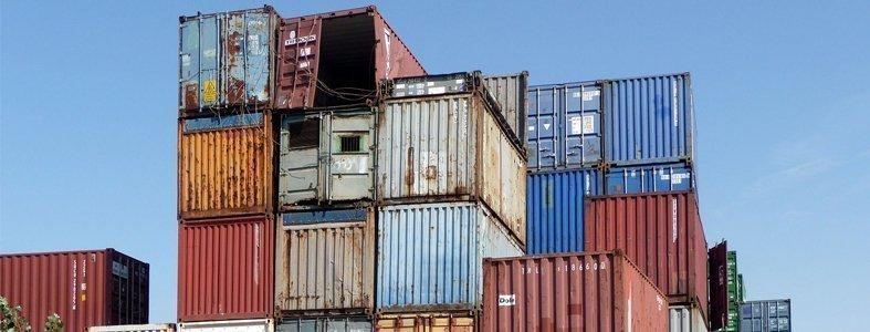 Zuidoost-Azië retourneert containers vol met afval uit het Westen | Afvalcontainerbestellen.nl